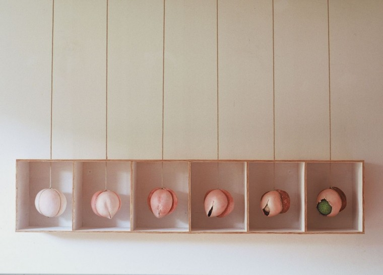 """overleven, keramiek uit de collectie """"Zaad"""" van Lot Brandt"""